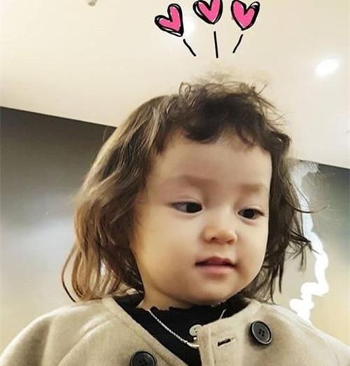 超可爱女宝宝短发发型 赶快给自己女儿弄一个