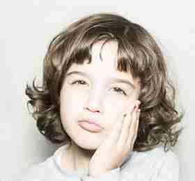 托班健康教案《闻和尝》 了解鼻子和嘴巴的重要性